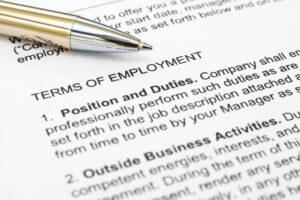 How to Protect Your Career Earnings with an Employment Contract 2